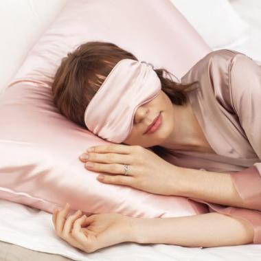 Silk Silk Бьюти Комплект наволочка и маска из 100% натурального шелка Сакура
